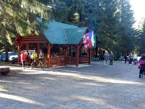 Otevírání altánu uTvrze Bouda - Těchonín 27.10. 2014 06