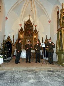 Předvánoční troubení - kostel Sv. Anny vAlbrechticích uLanškrouna 02